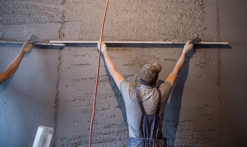 Штукатурка стен по маякам цементным раствором дом из керамзитобетона расчет