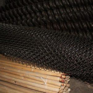 Сетка рабица — особенности подбора, технология производства и варианты применения рабицы (120 фото)